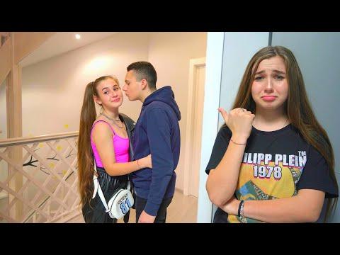 ¡La hermana de Diana es insolente! Grandes problemas en la escuela HD Mp4 3GP Video and MP3