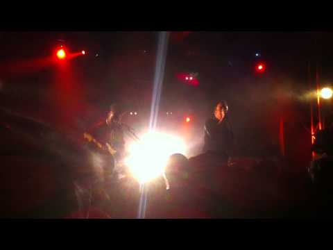 Eugene McGuinness 'Lion' - Live @ La Flèche d'Or (22-11-2012)
