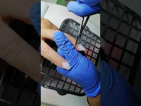 Forbici per cuticole e cartine di alta precisione