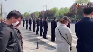 Coronavirus: Întreaga Chină a păstrat 3 minute de reculegere în memoria victimelor COVID-19