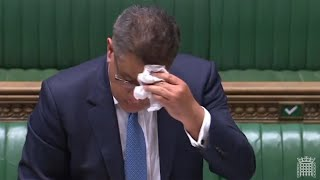 video: Politics latest news: Commons 'conga lines' U-turn after Alok Sharma is tested for coronavirus