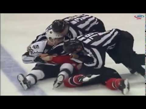 Nic Dowd vs. Brendan Shinnimin