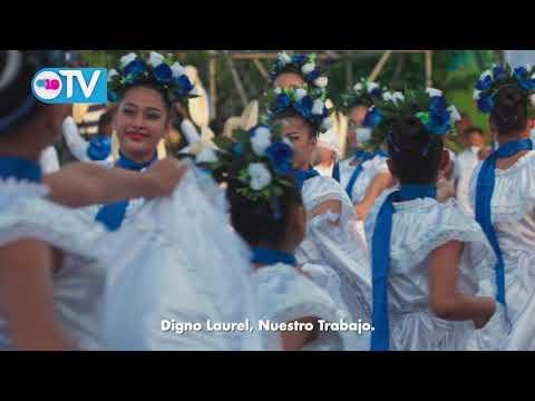Azul y blanco nos cobija en amor, trabajo y paz. ¡Patria Para Todos, Te amo Nicaragua!