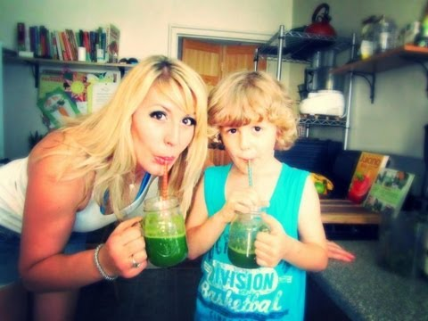 Video Best Tasting Green Juice (kids-approved!) feat. Denzin