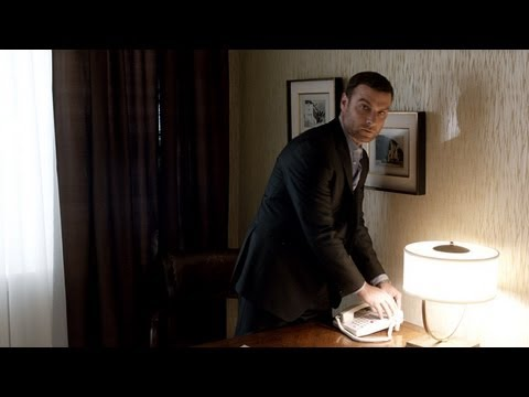 Ray Donovan 1.04 (Clip 'Wired')