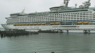 Man wants to buy old cruise ship and transform it into housing for the homeless