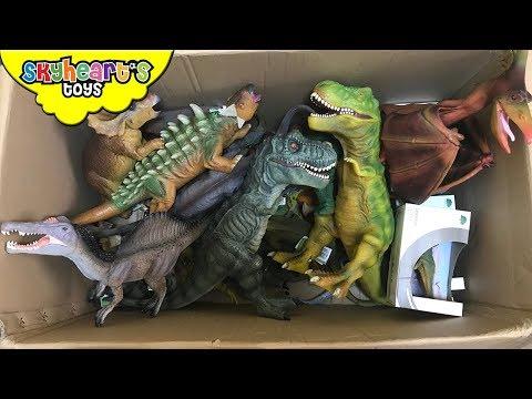 100 DINOSAUR TOYS IN A BOX! Skyheart opens jurassi | Youtube