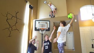 HOUSE 2 V 2 MINI NBA BASKETBALL KING OF THE COURT!!