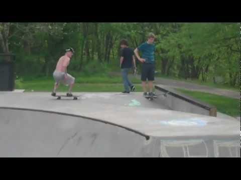 GnarDog (Worthington Skate Park 4-31-12)