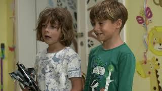 """OTECKOVIA - Drzý Max nadáva otcovi aj v škôlke: """"Trhni si a nečum na mňa, ty zasran!"""""""