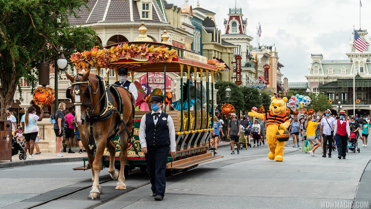 Winnie the Pooh and Friends Halloween Cavalacade 2020