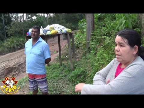 Moradores falam sobre o esgoto a céu aberto na SPA 070/230 Estrada Velha de Juquitiba