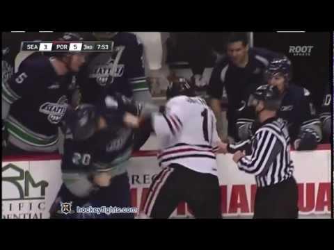 Adam De Champlain vs. Luke Lockhart