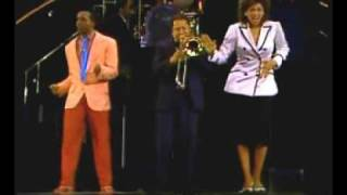 "Take The ""A"" Train - Phyllis Hyman and Hinton Battle"
