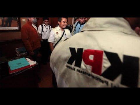 Geledah Kantor Wali Kota Tasikmalaya, KPK Bawa 6 Koper dan 1 Boks