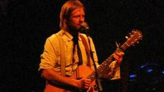 Jon Foreman (Fiction Family)- Behind Your Eyes 01-29-09 (with banter)