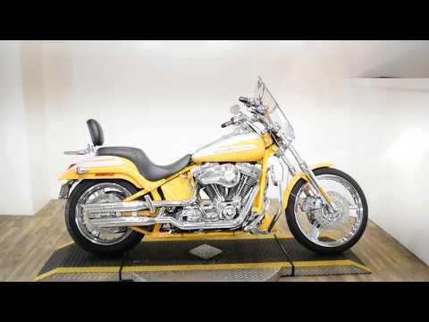 2004 Harley-Davidson FXSTDSE²  Screamin' Eagle® Softail® Deuce™ in Wauconda, Illinois - Video 1