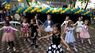 Танец «Я маленькая модница, я папина беда»