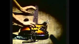 How to learn the bass guitar ?   Bass Lessons in Finsbury Park, bass tutor in finsb... August 3, 201