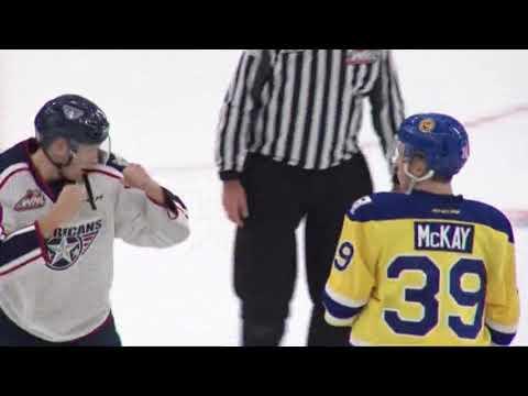 Dominic Schmiemann vs Riley McKay