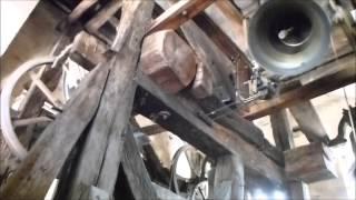 preview picture of video 'Cathédrale Sainte Anne d'Apt - Volée manuelle des cloches 1, 2, 4 et 5 (vue globale)'