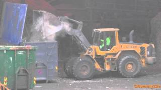 Volvo L110F Wheel Loader Loading Containers