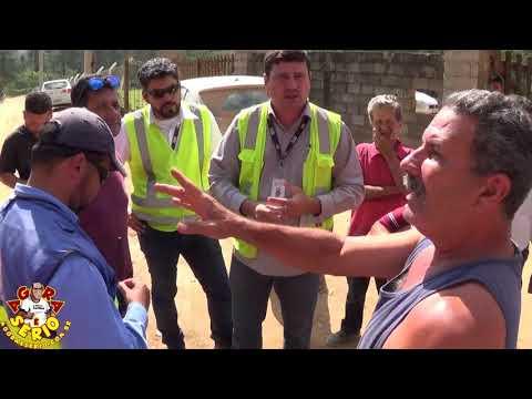 Repórter Favela faz pergunta para o Piero do Sistema Produtor São Lourenço
