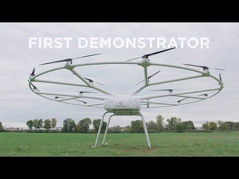 Mega dron za poljoprivredu