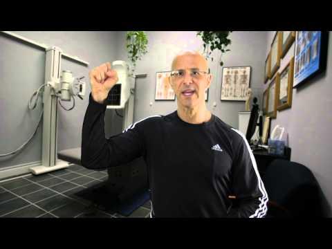 Video SHOULDER BURSITIS - 2 Medically Proven Exercises to Take Away the Pain / Dr Mandell