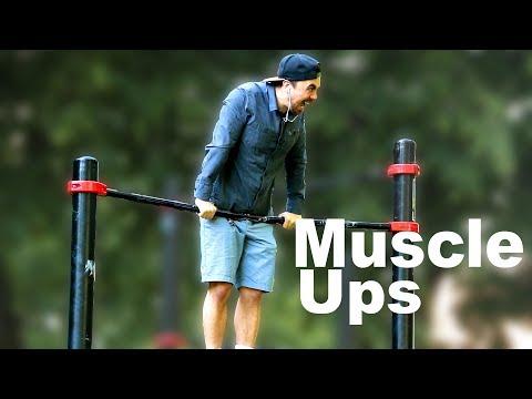 Lensemble des exercices sur les muscles des épaules dans les conditions domestiques