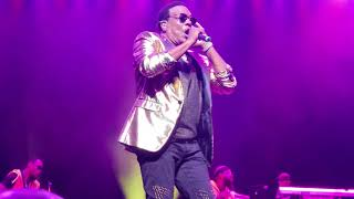 There Goes My Baby - Charlie Wilson (Concert Performance)
