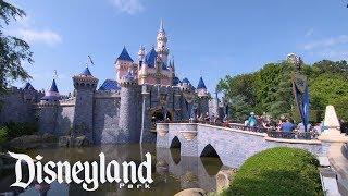 A Tour of Disneyland Park