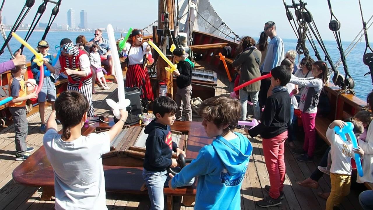 CHUCHUA chuchua en un barco pirata