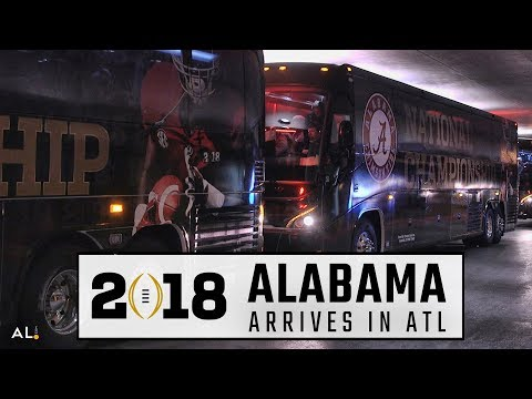Alabama arrives at their hotel in Atlanta for the National Championship vs Georgia