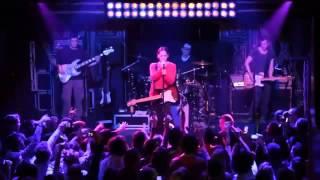 Duman - Yürek (Canlı Performans) - Www.radyobox.com