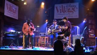 Disney Village Week End Blues 2014 - They Call Me Rico - Phil Wiggins Trio - Larry Garner