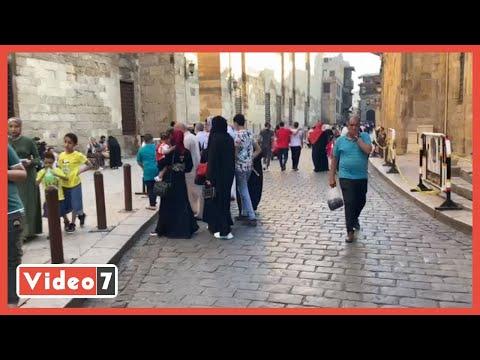 العيد فرحة .. احتفالات عيد الفطر فى شارع المعز بالقاهرة الفاطمية