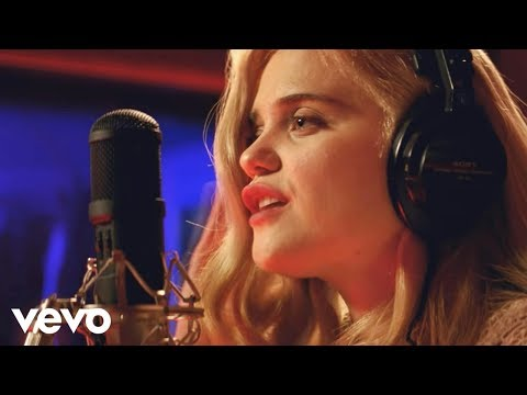 "Sky Ferreira - Easy (Music From The Motion Picture ""Baby Driver"" - Official Video)"