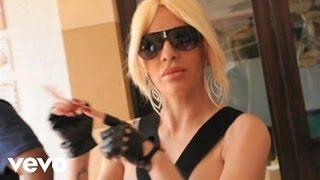 Ivy Queen - La Vida Es As� (Behind The Scenes)
