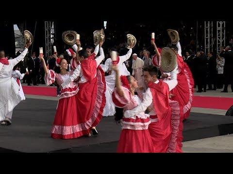 Bogota en fête pour l'arrivée du pape