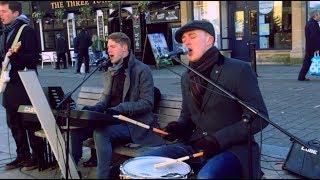영국풍경 - 체이싱 디어 억스브리지 길거리 공연 | The street performance of Chasing Deer. Uxbridge, London