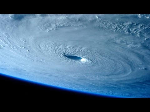 The Earth's Biggest Super Typhoon (видео)