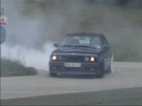 BMW Alpina e30 B6 3.5 burnout, donut drift