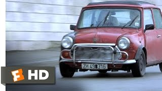 The Bourne Identity (8/10) Movie CLIP - The Paris Chase (2002) HD