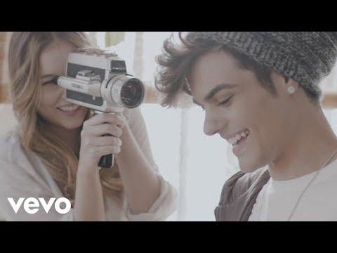 Mi Vecina - Abraham Mateo (Video)