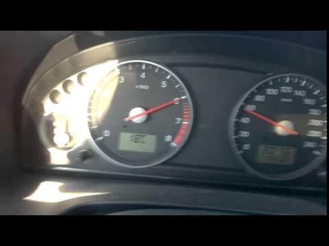 Es ist wieviel das Benzin die Baskenmütze opel