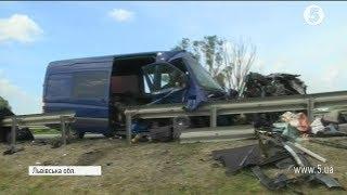 Смертельна аварія на Львівщині // включення з місця події
