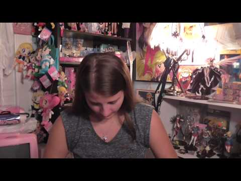 Unboxing Bootleg Sailor Moon Brooch Purse/Review!