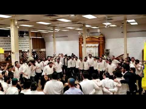 """קבוצה תשע""""ט בריקוד אחרון לפני השליחות"""