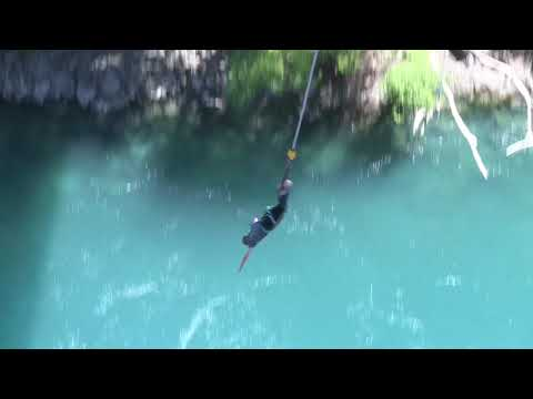 MY FIRST TIME BUNGY JUMPING | My AJHackett Bungy Jump
